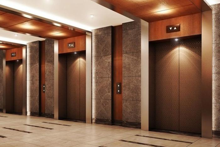 Лифты только для стариков и женщин с младенцами