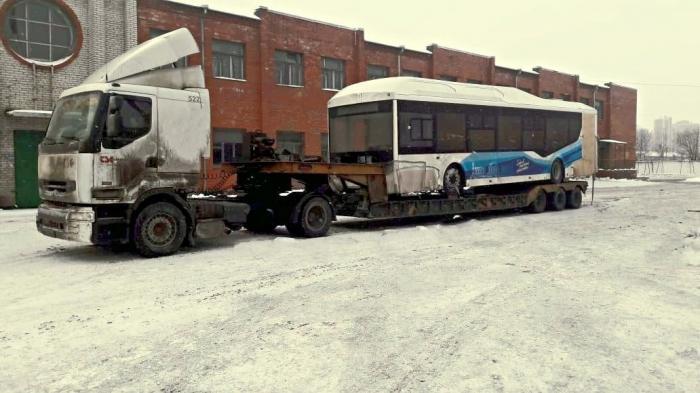 В Петербург прибыла первая партия автобусов «Волгабас» сэлектродвигателями
