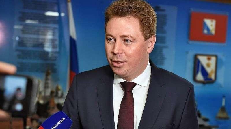 Губернатор Севастополя Овсянников объявил войну адмиралу Витко, вернувшему России Крым