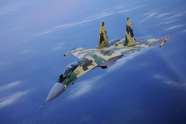 Компания «Сухой» передала Министерству обороны истребители Су-35С иСу-30М2