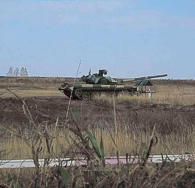 Первые фотографии танков Т-90С воВьетнаме