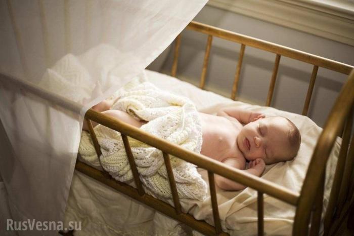 Новогоднее чудо: 11-месячный младенец в колыбели спасён из-под завалов вМагнитогорске