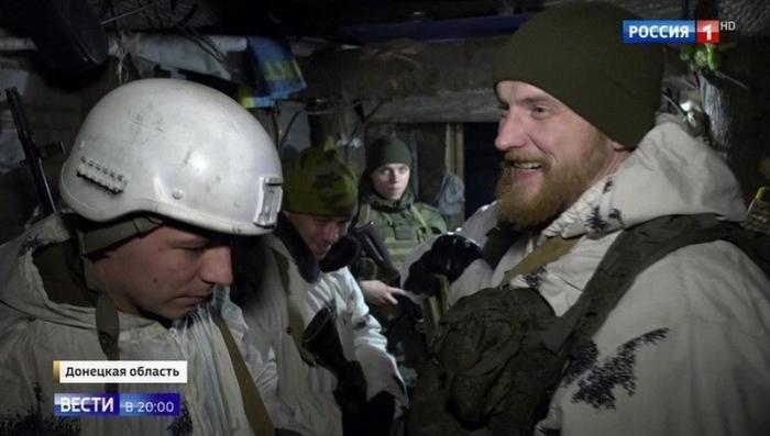 Новый год в окопах Донбасса: тишина может «рухнуть» в одну секунду