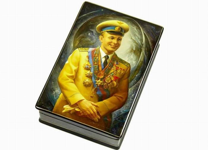 Федоскинская миниатюра: как в России 200 лет назад появилась лаковая сказка, покорившая мир
