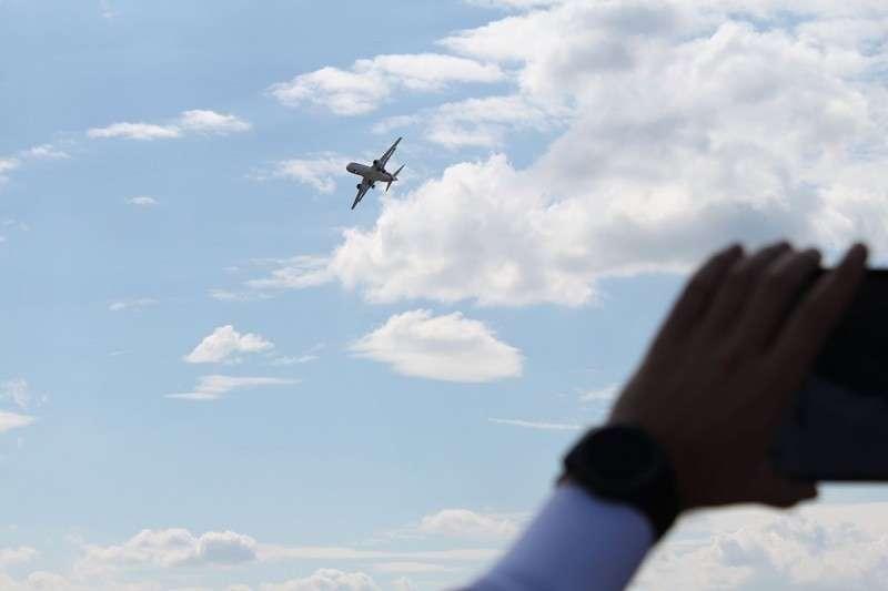 США заблокировали поставку Sukhoi Superjet 100 в Иран