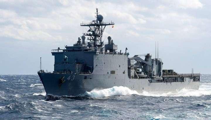 ВМС США отправили в Чёрное море десантный корабль Fort McHenry