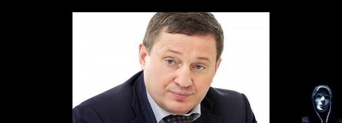 Волгоградский губернатор Андрей Бочаров заказал себе туалет за 4 миллиона рублей. Ну и что?