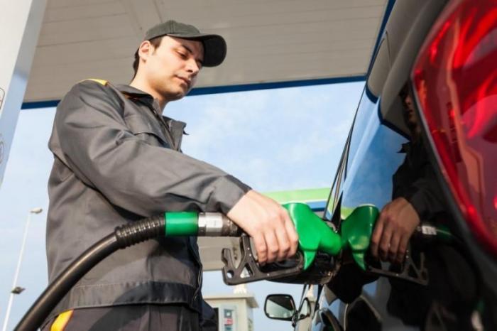 Тайная проверка АЗС в России: как часто недоливают бензин и сколько?