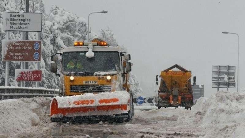 Обильные снегопады в Германии и Австрии унесли жизни 9 человек