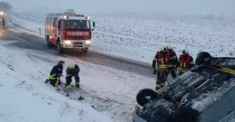 Сильные снегопады в Германии и Австрии убивают людей