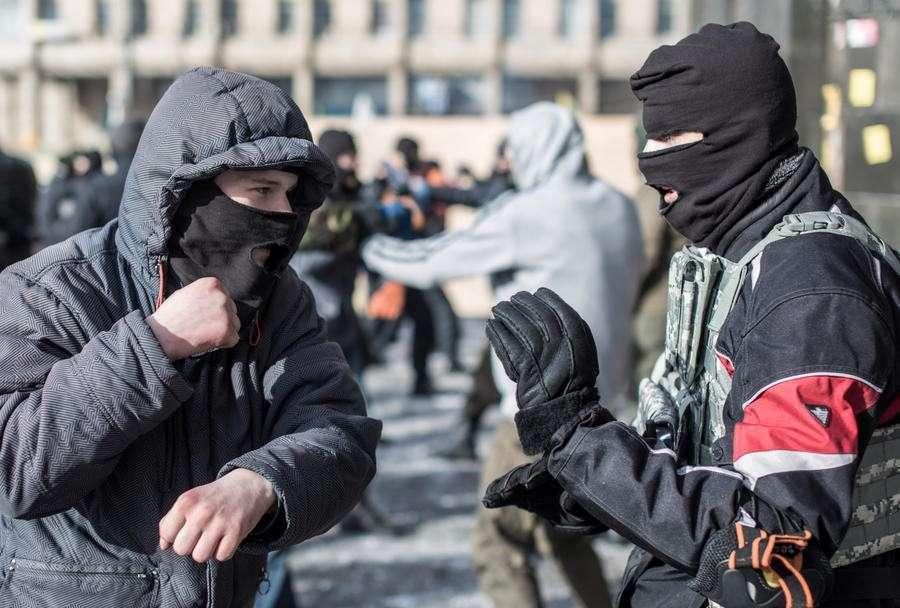 МИД России: Боевики «Правого сектора» по-прежнему терроризируют население Крыма