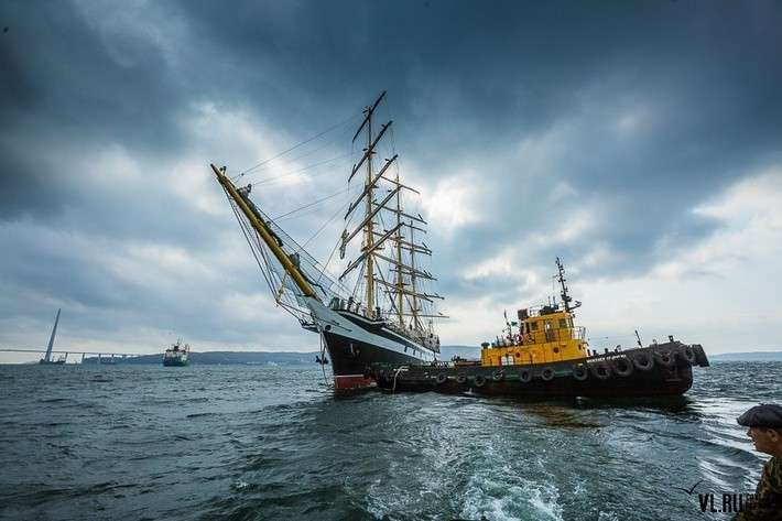 Парусное судно «Паллада» спустили наводу после ремонта