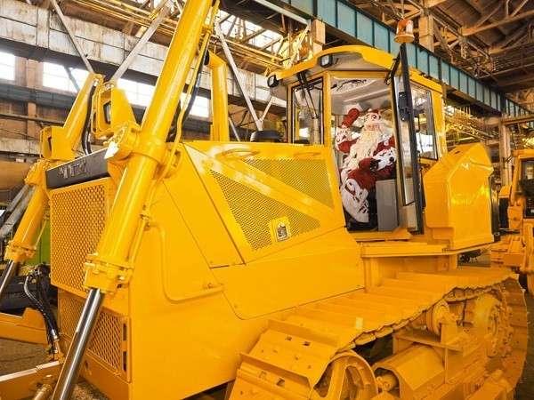 На Челябинском тракторном заводе собран первый трактор 9-го класса тяги