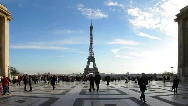 Эйфелева башня в Париже, Архивное фото