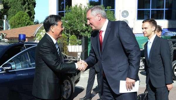 Китай предложил России совместно противостоять Западу