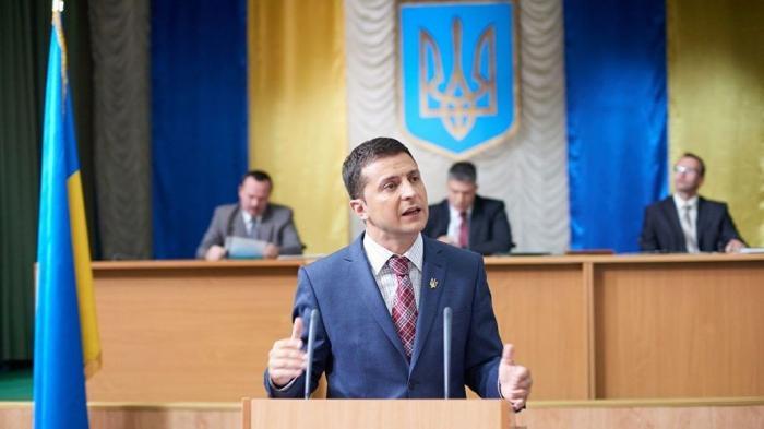 Майдан ничему не научил Украину: она уже любит выдуманного президента
