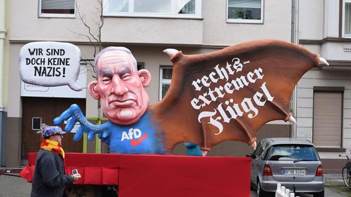Альтернатива для Германии против либерального гестапо