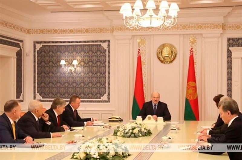 Александр Лукашенко готов дружить с кем угодно, если это выгодно