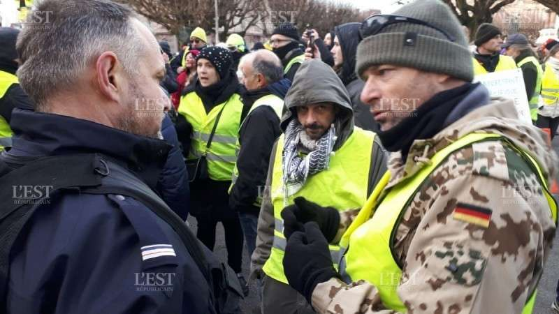 Массовые беспорядки в Париже. Акт 10