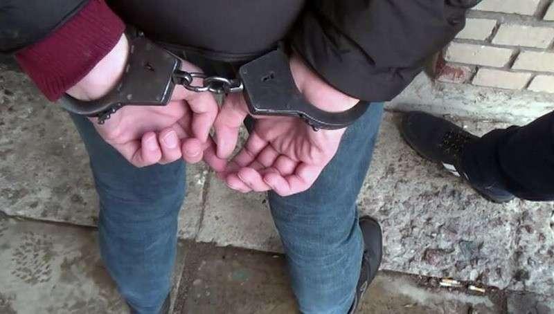 В Москве задержали коллектора, терроризировавшего школу
