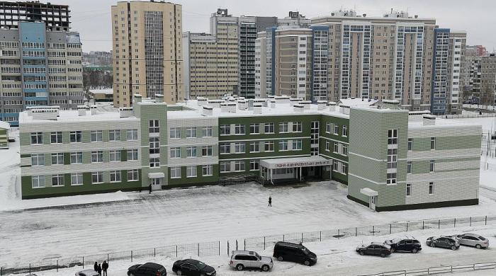 ВБарнауле открылась новая школа на550 мест