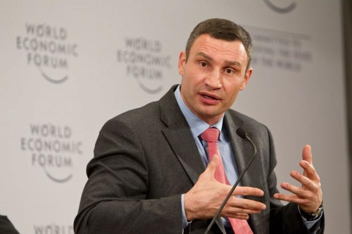 Киевский мэр Виталий Кличко уехал в Швейцарию, чтобы переждать снегопады и заторы