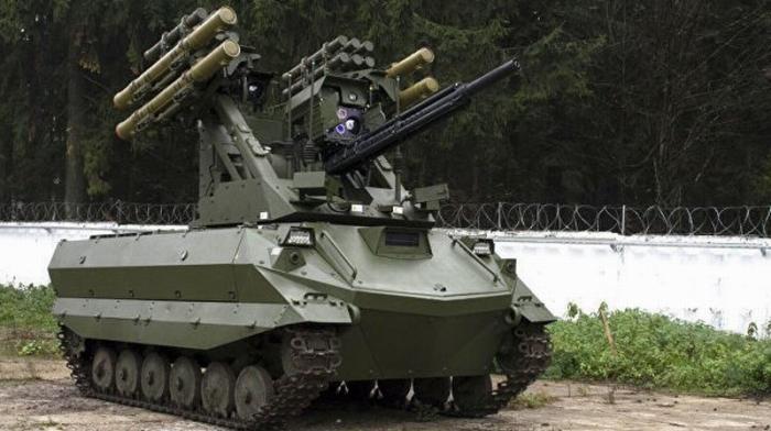 Боевой робот «Уран-9» концерна «Калашников» приняли навооружение российской армии