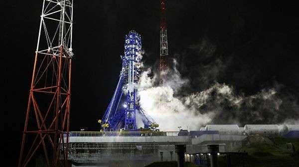 Запуск ракеты «Союз-2» со спутником военного назначения с космодрома Плесецк. 25 октября 2018