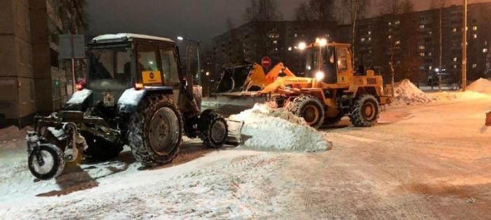 Снегопад века в Москве может продолжиться и завтра