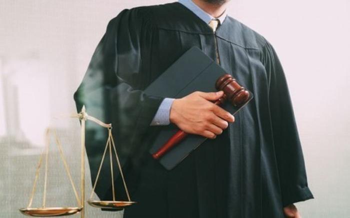 Российские «золотые» судьи станут получать «лечебные» в размере 150 % оклада