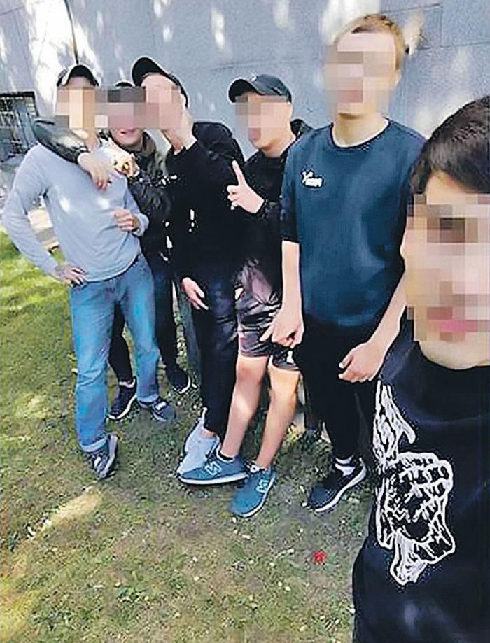 Криминальная чума АУЕ в России: банды малолеток крышуют торговые центры