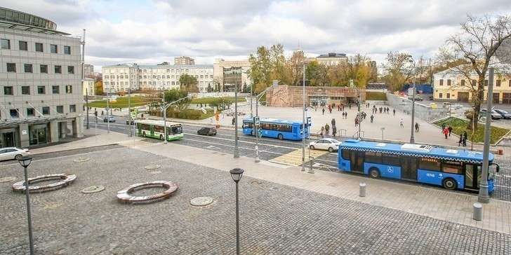 Улицы, парки идворы: 3200 объектов благоустроили вМоскве за2018 год