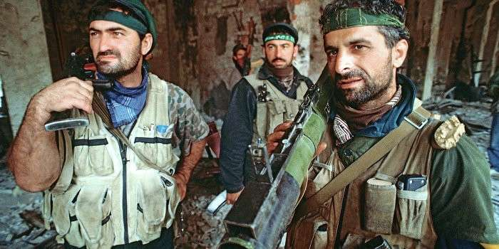 Коломойский нанял батальон чеченцев для третьего майдана