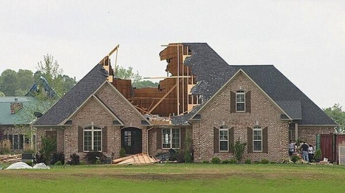 Частный дом в США или для кого написана сказка «Три поросёнка»?