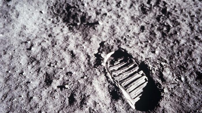 Главная афера США двух веков раскрыта: грунт с Луны не настоящий, заявил профессор Немчин