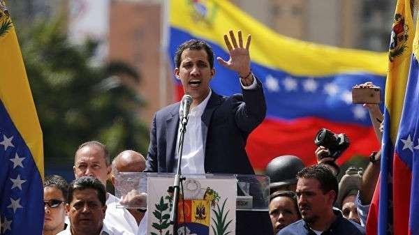 Пруха под брюхом. Кому икнется от переворота в Венесуэле?