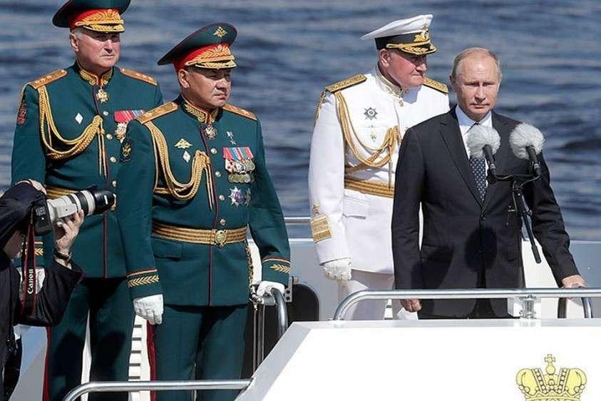 Помолчите, русофоб Леонид Гозман: Россия освободила своих моряков