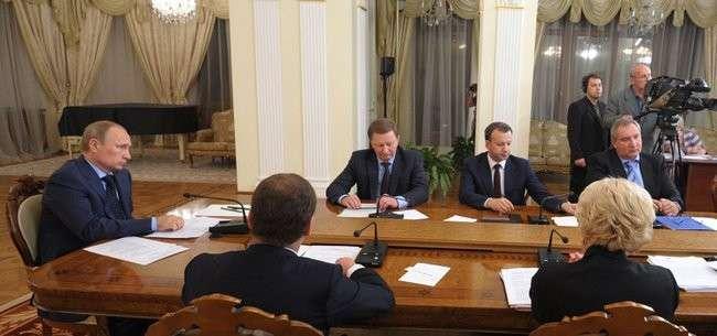 Владимир Путин провёл совещание с Правительством