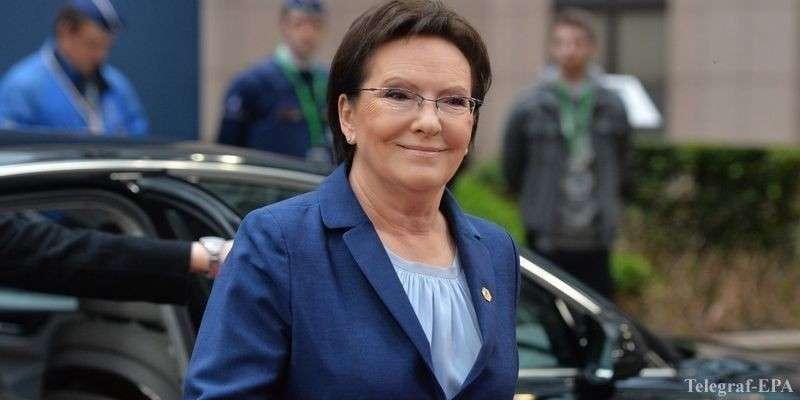 Бывший премьер-министр Польши Ева Копач рассказала, как люди воевали с динозаврами