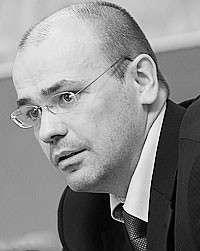 Константин Симонов (фото: Сергей Фадеичев/ТАСС)