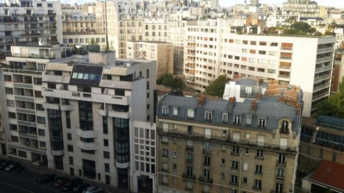 12 миллионов французов испытывают трудности с жильем