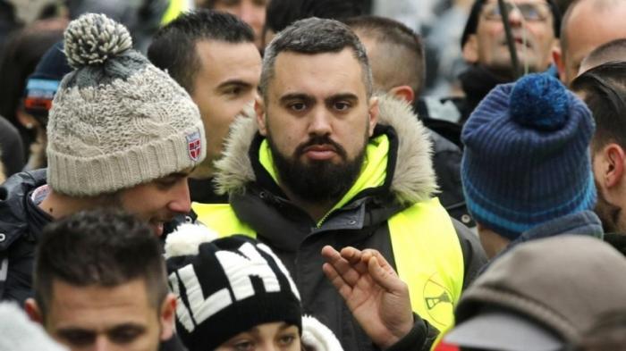 Протесты в Париже: Макрон не смог добиться мира переговорами