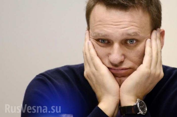 Навальный проиграл дуэль главе Росгвардии Золотову