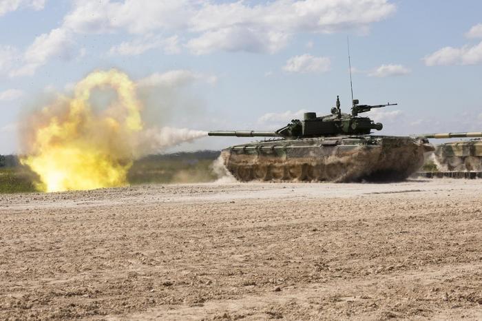 Русские танки может остановить только берег Атлантического океана
