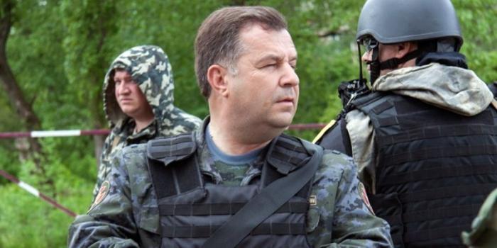 Порошенко предложил на должность министра обороны кандидатуру военного преступника