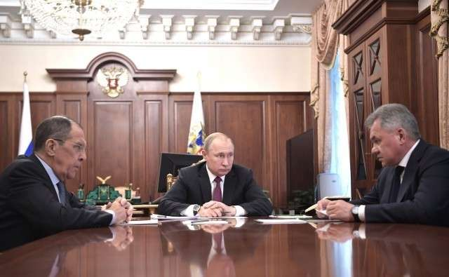 Встреча Владимира Путина с Сергеем Лавровым и Сергеем Шойгу