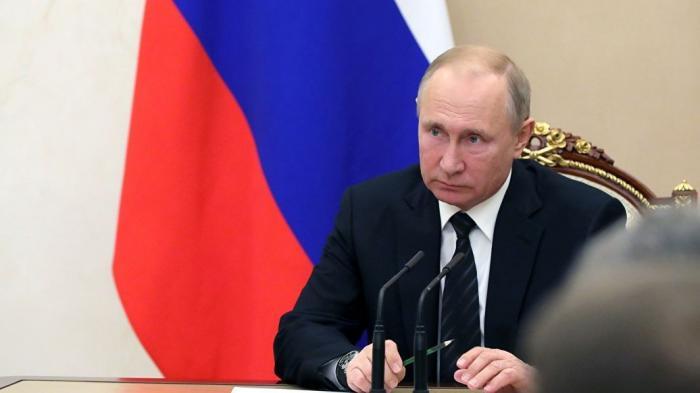 Владимир Путин уволил сразу девять генералов силовых ведомств