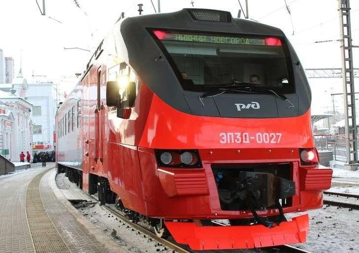 Новые пассажирские электропоезда ЭП3Д поступили вНижний Новгород иКрасноярск