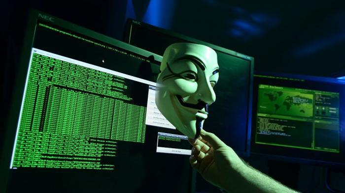 Прокуратура США предъявила обвинения группе украинских хакеров, взломавших фондовый рынок США