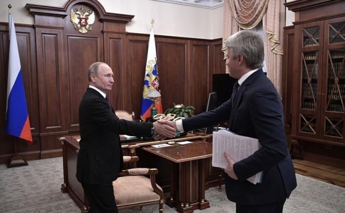 Владимир Путин провёл рабочую встречу с Министром спорта Павлом Колобковым